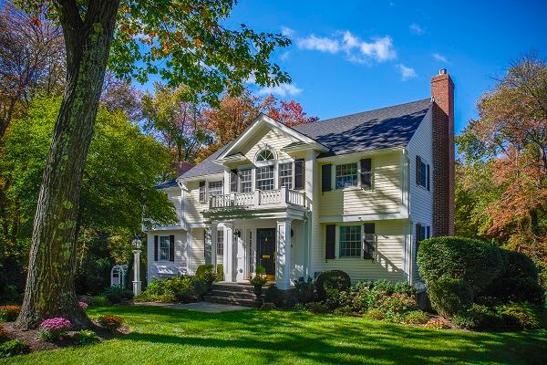 Residential Roofing Options: the pros and cons